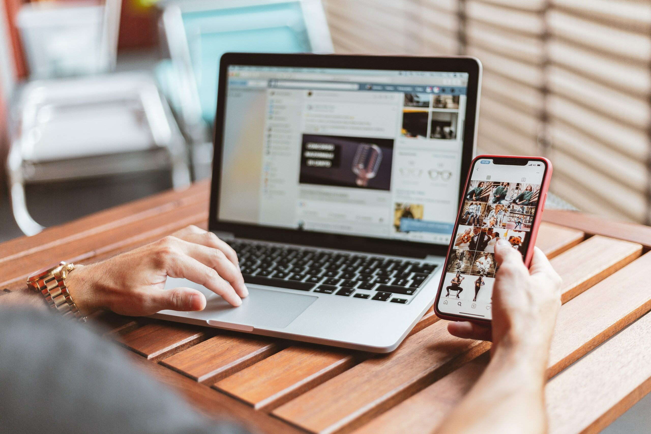 Top 10 Instagram Apps For Shopify Stores in 2021 (Most are FREE!)