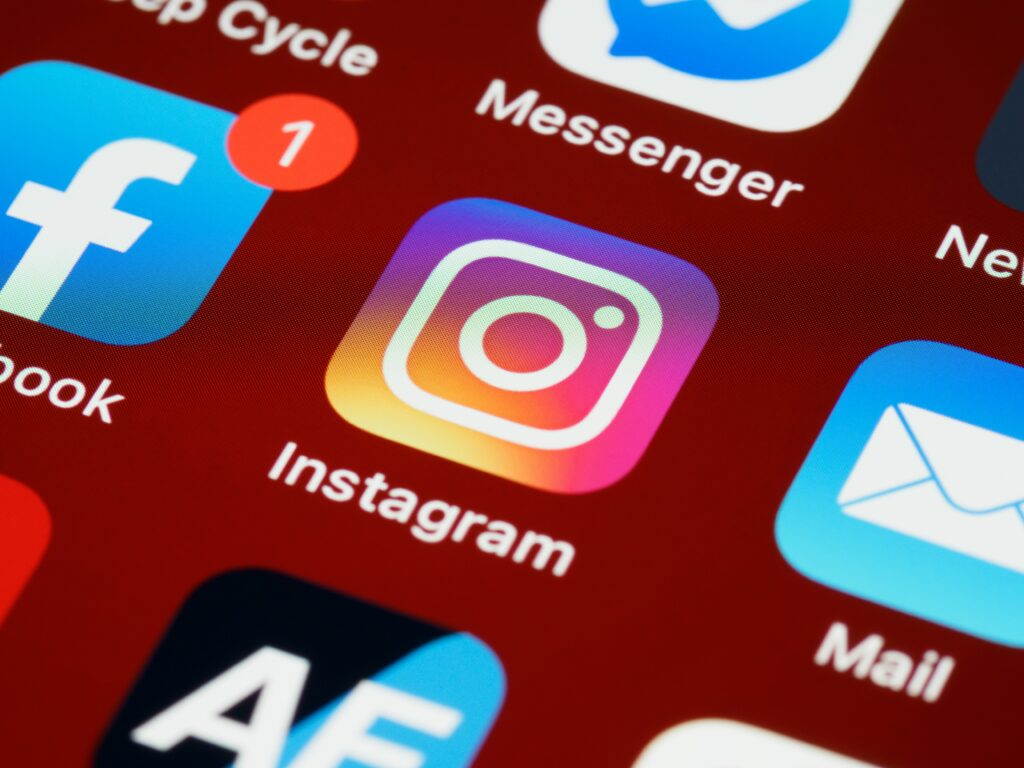 5 Master Tips To Manage Instagram Followers For All-sized Businesses